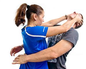 Новый вид фитнеса на основе техник рукопашного боя Krav Maga подойдет тем, кто любит тренировки в более жестком режиме.