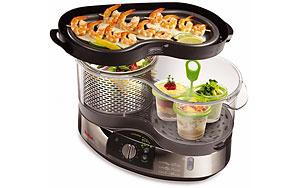 Пароварка готовит блюда на пару. Это позволяет сохранить в продуктах максимум полезных веществ и витаминов.