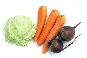 Потребляйте продукты, богатые нерастворимой в воде клетчаткой (цельнозерновой хлеб, пшеничные хлопья, капуста, свекла и морковь). Они на более долгий срок дают чувство сытости.