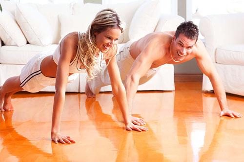 Утренний фитнес поможет справиться с бессонницей
