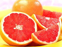 Грейпфрут  Этот фрукт — настоящая фабрика по сжиганию жира.