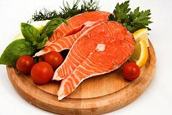 Употребление рыбных блюд повышает уровень этого гормона, и помогают сохранению стройной фигуры.
