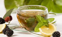 Зеленый чай  Тоже положительно влияет на обменные процессы организма, выводит из организма токсины.