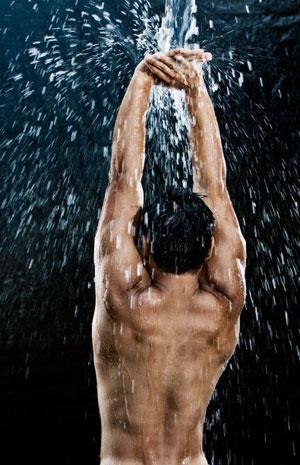 Не оказывает воздействия на силу мышц и упомянутый выше холодный душ. Так что если вам нужен размер, а не сила, выбирайте холодный душ, а если вы работаете над увеличением силы, лучше предпочесть сауну и баню.