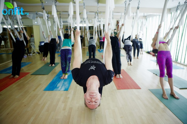 Мастер-класс Antigravity Yoga от Кристофера Харрисона в I Love Fitnes