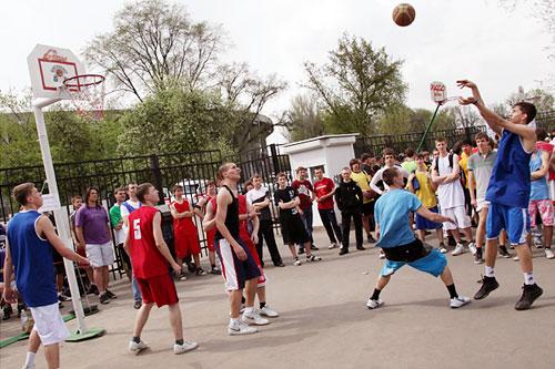 Самыми непопулярными видами спорта оказались борьба, баскетбол и хоккей (по 2% и 1%).