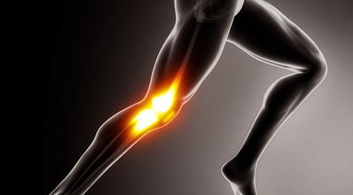 Колени — та часть тела, которая требует особо пристального внимания, так как коленные суставы они очень хрупки, а связки и сухожилия вокруг них имеют сложное устройство.