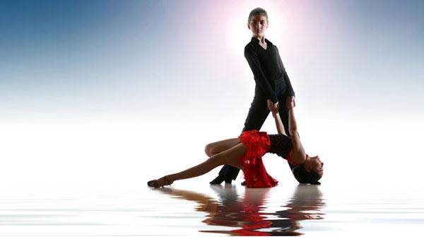 Танцуй с нами — танцуй без комплексов в «Альфа Бенефит» велнес-клубе!