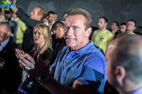 Арнольд Шварценеггер стал свидетелем мощного дебюта «Славянской силы»