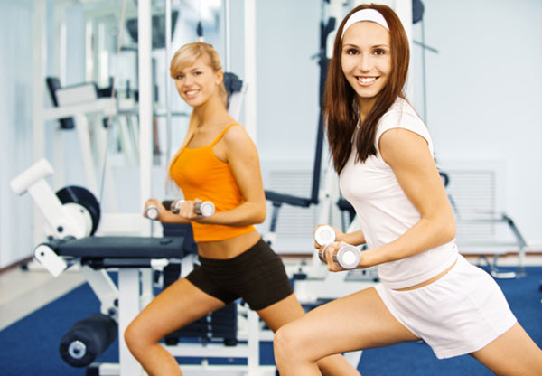 Акция клуба Sportown: «Приведи друга в фитнес»!