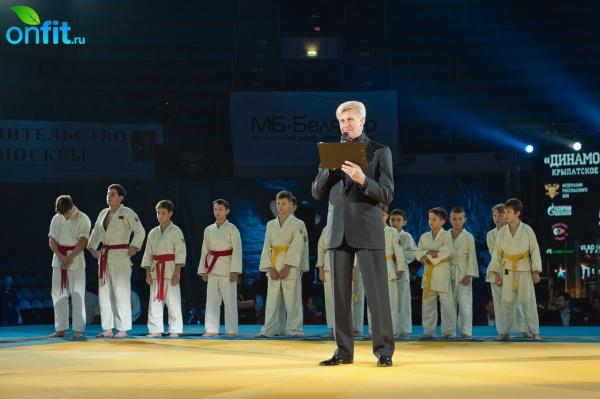 Сеть фитнес-клубов World Gym — официальный партнер абсолютного чемпионата России 2014 по рукопашному бою