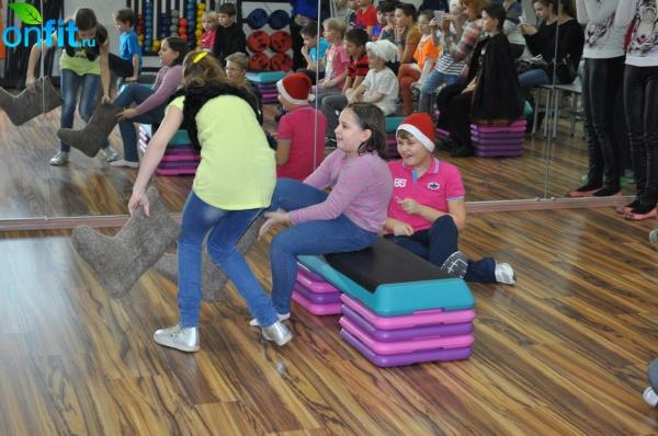 Новогодняя Ёлка для детей от 6 до 14 лет в клубе Sportown