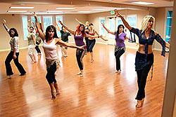 С февраля в клубе «Янтарь» стартует школа Belly Dance!