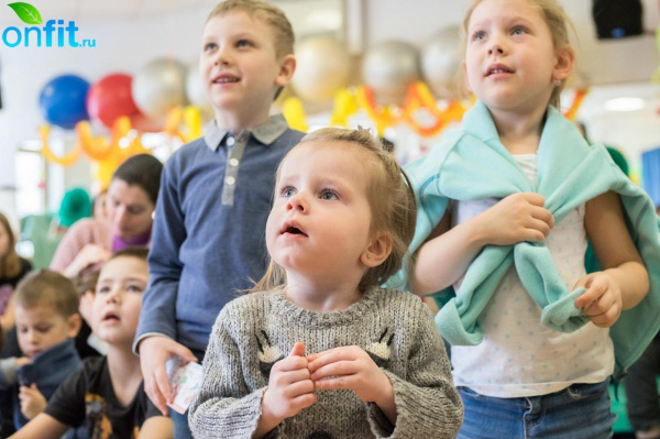 В Детском клубе N-ERGO прошел праздник «Масленица»