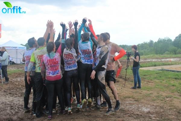 Команда «Мисс Фитнес» — участница «Гонки героев 2015»