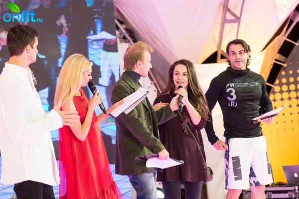В Москве впервые прошел ночной фитнес-марафон