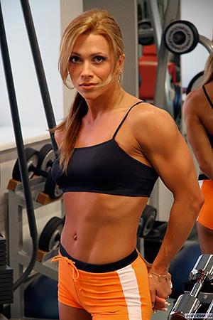 Оксана Гришина – прима не только российского, но и мирового фитнеса, двукратная чемпионка мира, трехкратная чемпионка «Арнольд Классик» после длительного перерыва придете в Россию, где проведет семинар на выставке SN PRO.