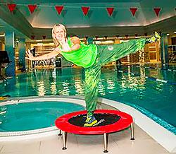 Aqua Jump от X-Fit: прыгаем в бассейне