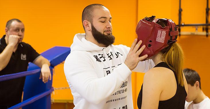 Не существует отдельно мужской и женской техники бокса, поэтому программа тренировок одна для всех.