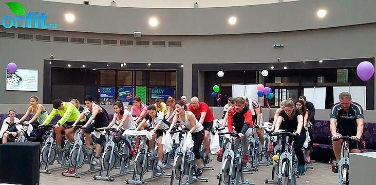Cycle-марафон «От Москвы до Ленинграда и обратно до Москвы» в клубе FitFashion «Каскад»!
