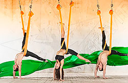 Приглашаем всех желающих на занятия – Антигравити йога в фитнес-клуб «Атланта»!