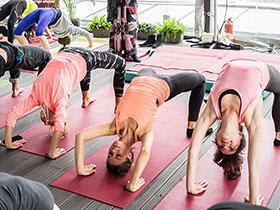Всемирный день йоги в клубе «FitFashion Онегинъ»