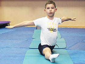 Соревнования по акробатике в фитнес-клубе «Геркулес»