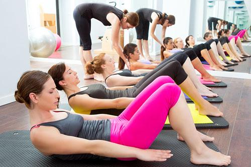 Одной из задач фитнес-йоги как части йоги как таковой, можно считать адаптивное внедрение йоги в массы, но без искажений ее сути и не противореча основополагающим принципам традиций.