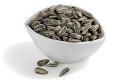 Семя подсолнечника  наполнено аргинином и глютамином, способствующим увеличению объема мышц.