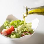 Совместимость продуктов: В салаты, не следует добавлять ни растительных масел, ни кислот