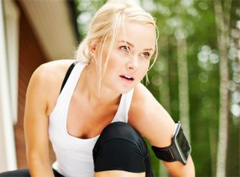 женщина и фитнес