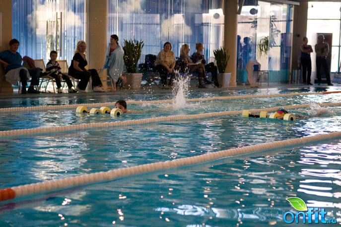 Sky Club - детские соревнования по плаванию