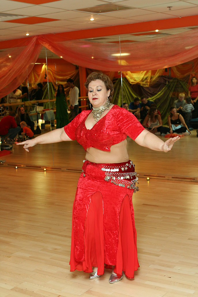 Восточные танцы москва для начинающих