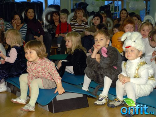 """Детский праздник """"Новогодний серпантин"""" в """"N-ERGO"""""""