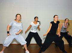 Занятия по хип-хоп в школе танцев Broadway